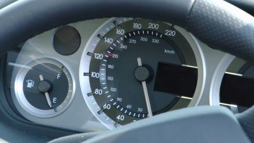 Aston Martin Vantage Speedometer