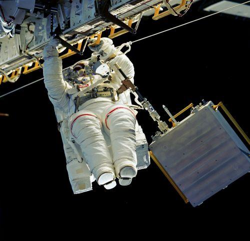 astronaut spacewalk iss