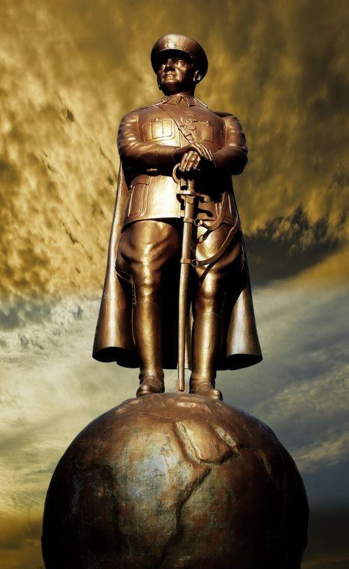 atatürk sculpture statue