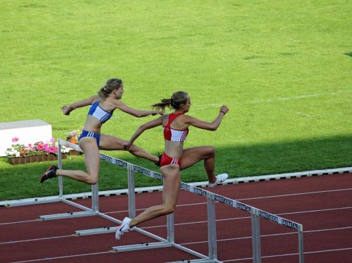 athletics women hurdles
