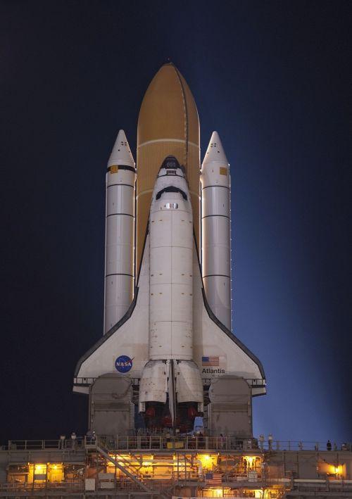 atlantis space shuttle rollout launch
