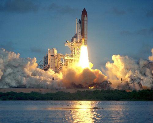 Atlantis erdvėlaivis,paleisti,atspindys,vanduo,misija,astronautai,pakilimas,raketos,erdvėlaivis,dangus,Orbita,tyrinėjimas,erdvėlaivis,skrydis,pakilkite,NASA