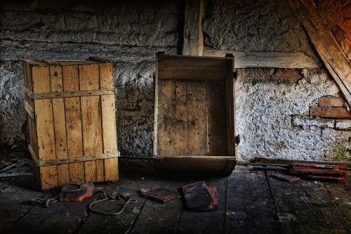 attic boxes truss