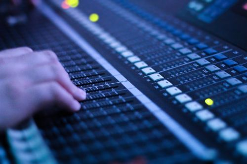 audio console music electronics