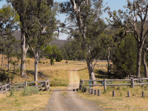australia queensland country road