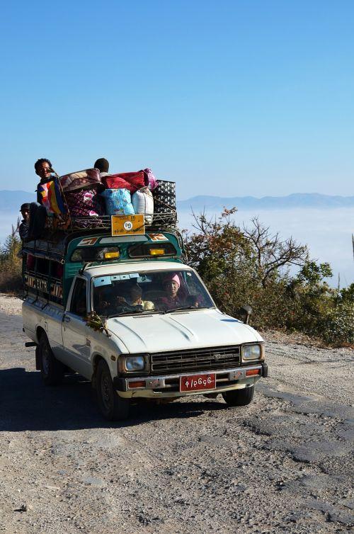 auto travel overloaded