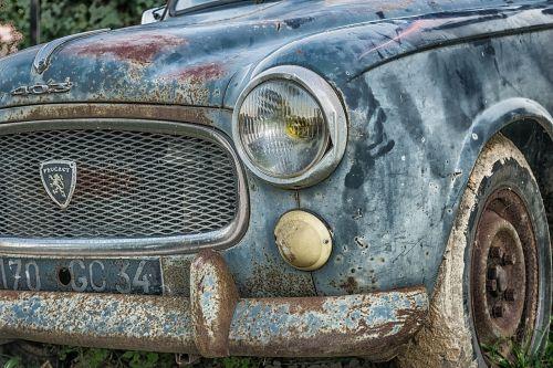 auto peugeot pkw