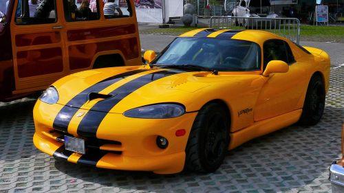 auto sports car viper gts