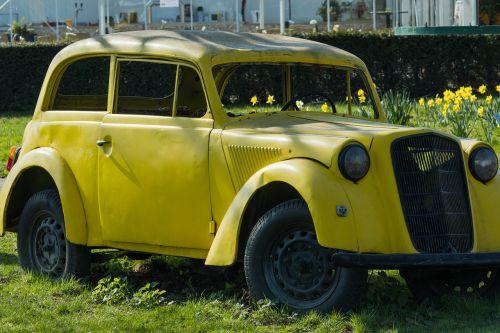 auto oldtimer osterglocken