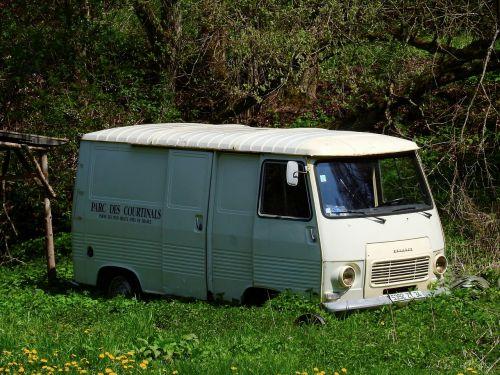 auto transporter bus