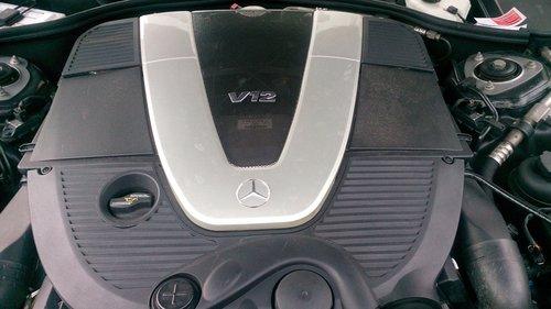 auto  mercedes  12-cylinder