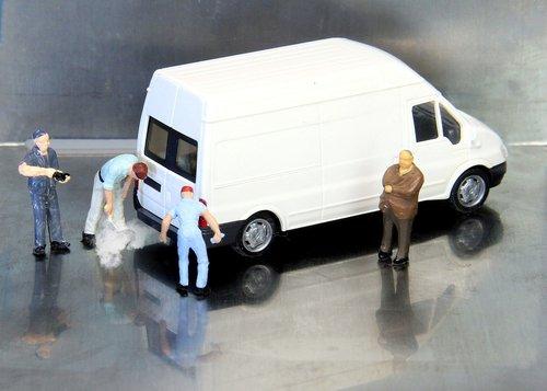 auto  tüv  miniature figures