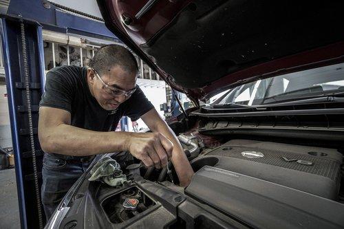 auto repair  oil change  oil