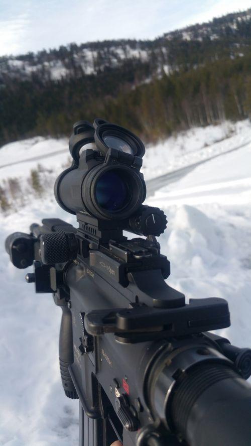 automatic rifle gun winter