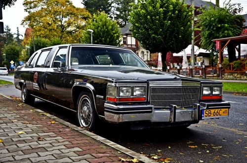 automotive limousine highwayman