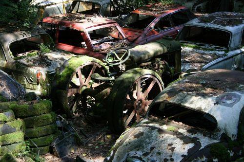 autos car cemetery old