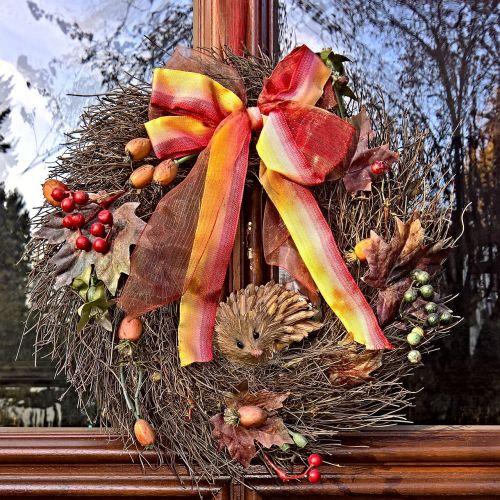 autumn door wreath decoration