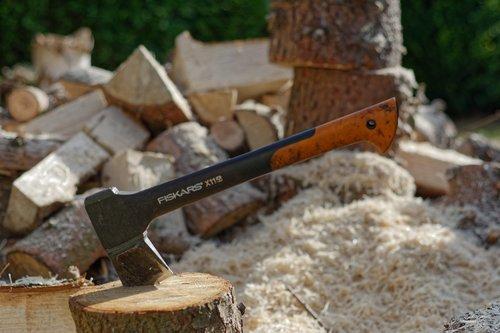 ax  chop  wood