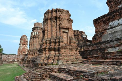 ayutthaya thailand temple