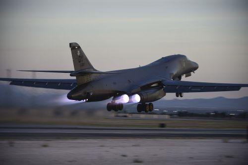 b-lb lancer,nellis afb,Jungtinės Valstijos oro pajėgos