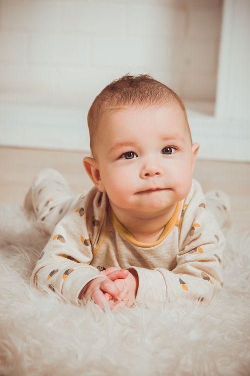 babe kid portrait