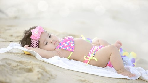 baby  beach  happy