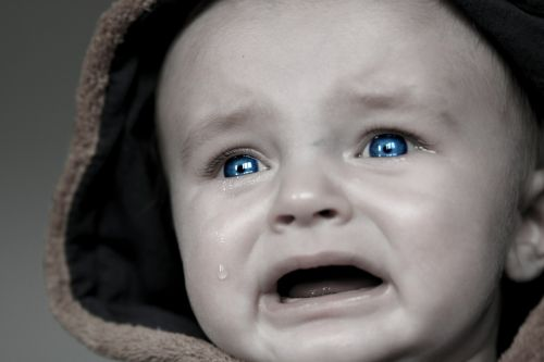 baby tears small child