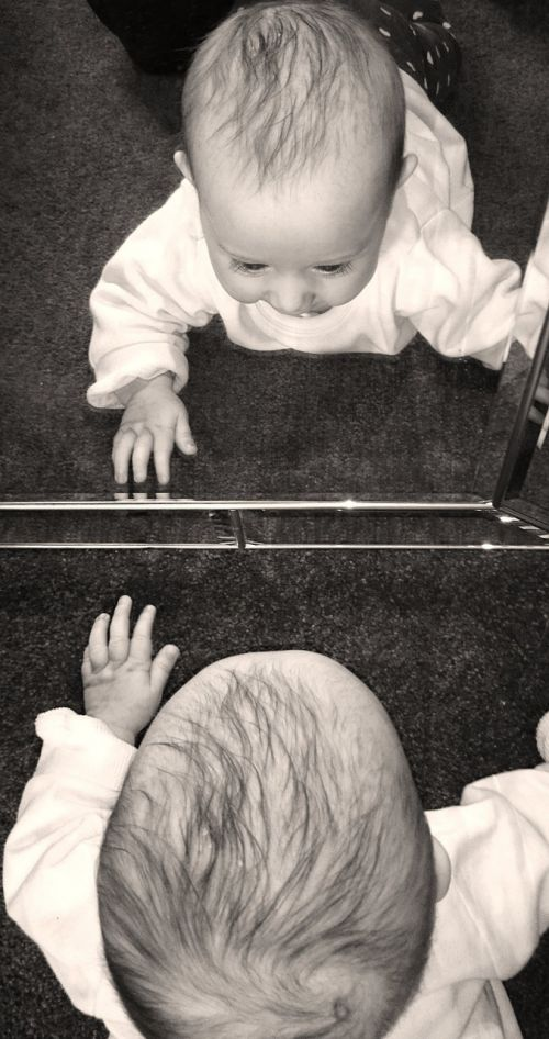 baby mirror to watch