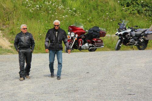 baby boomer motorcycle harley davidson riders