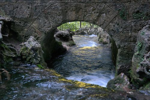 bach bridge water