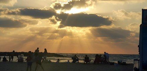 bach  sun  israel