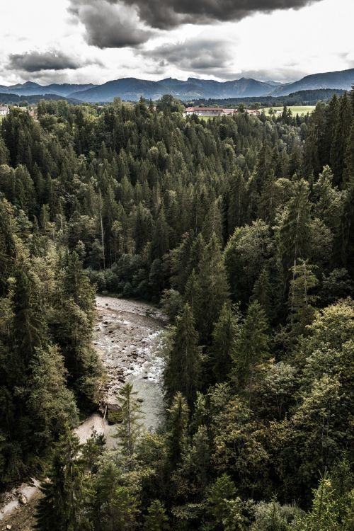 bach gorge river