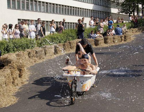 bachanalia race tub