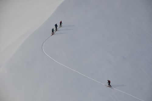 backcountry skiiing winter snow