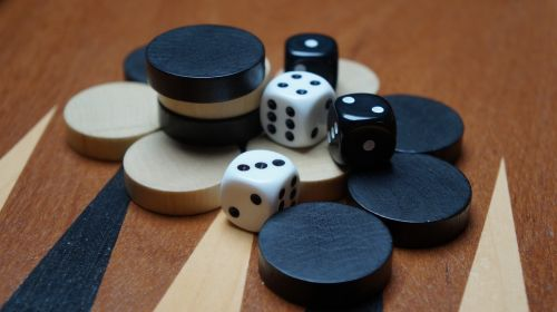 backgammon board game cube