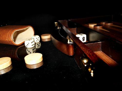 backgammon play wood