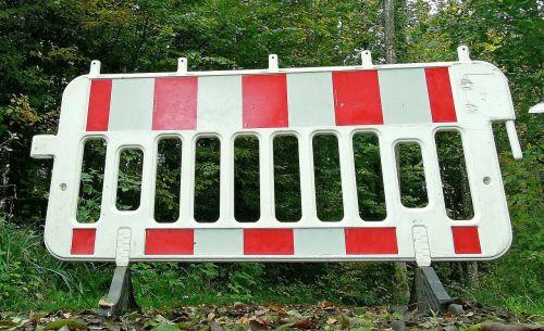 backup barrier road