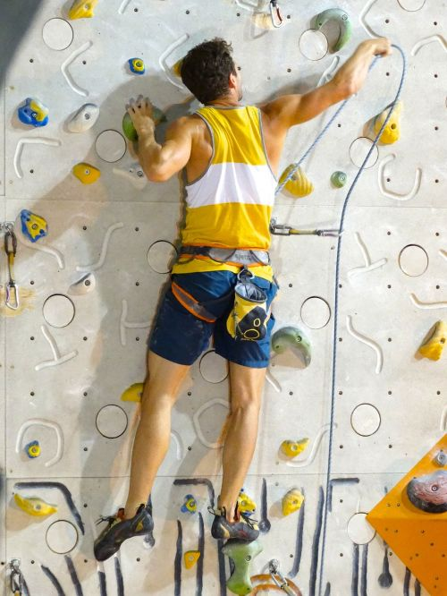 backup man climber