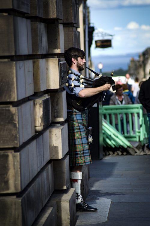 bagpipe scotland culture