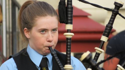 bagpipes scotland child