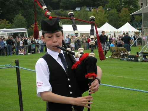 bagpipes boy highland games