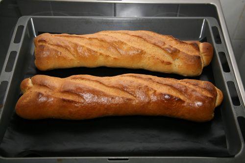 baguette loaf bread
