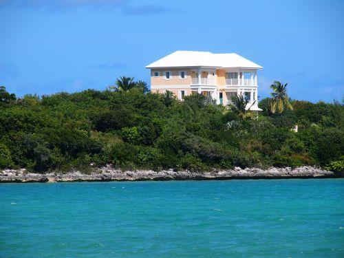 bahamas house coast