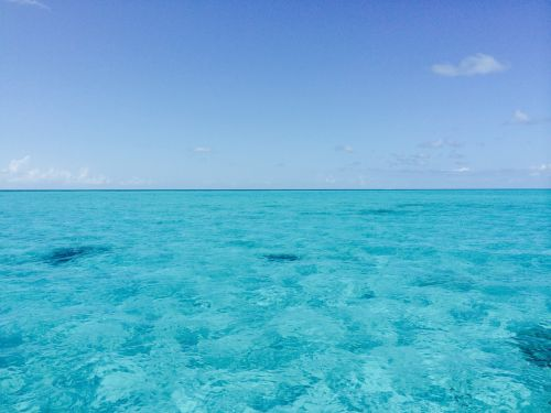 bahamas ocean water