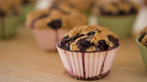 baked goods blueberry blueberry muffins