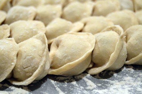 baking dough flour