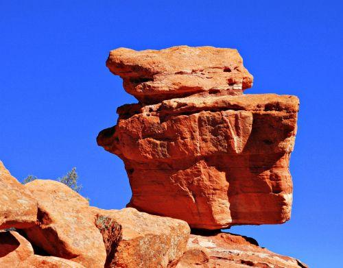 balancing rock garden of the gods park