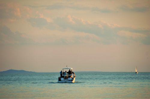 balaton lake boat