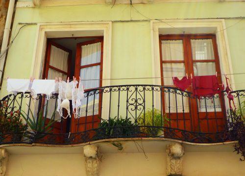 balcony underwear clothes line
