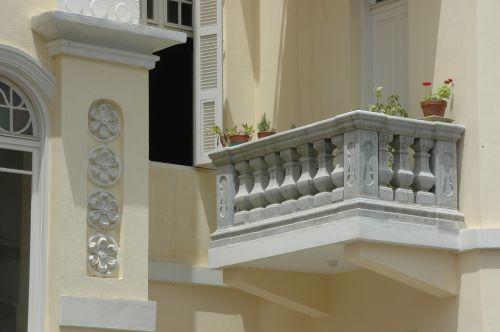 balcony terrace house
